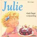 Bekijk details van Julie viert haar verjaardag