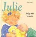 Bekijk details van Julie krijgt een broertje