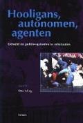 Bekijk details van Hooligans, autonomen, agenten