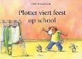Bekijk details van Plotter viert feest op school