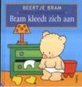 Bekijk details van Bram kleedt zich aan