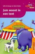 Bekijk details van Jum woont in een tent
