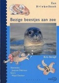Bekijk details van Bezige beestjes aan zee