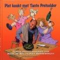 Bekijk details van Piet kookt met Tante Pretselder