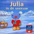 Bekijk details van Julia in de sneeuw