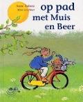 Bekijk details van Op pad met Muis en Beer
