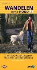 Bekijk details van Wandelen met je hond; Dl. 2