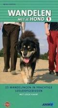 Bekijk details van Wandelen met je hond; 1