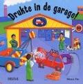 Bekijk details van Drukte in de garage!