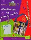 Bekijk details van Accessoires en trendy outfit