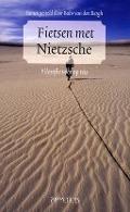 Bekijk details van Fietsen met Nietzsche
