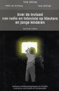 Bekijk details van Over de invloed van radio en televisie op kleuters en jonge kinderen