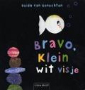Bekijk details van Bravo, Klein wit visje