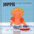 Bekijk details van Joppie in het zwembad