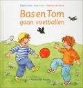 Bekijk details van Bas en Tom gaan voetballen