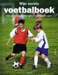 Bekijk details van Mijn eerste voetbalboek