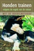Bekijk details van Honden trainen volgens de regels van de natuur met de roedelmethode; Dl. 2