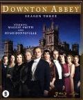 Bekijk details van Downton Abbey; Season three