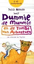 Bekijk details van Tosca Menten leest Dummie de mummie en de tombe van Achnetoet