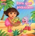 Bekijk details van Dora gaat picknicken