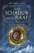 Bekijk details van In de schaduw van de raaf 1 Vaelin Al Sorna