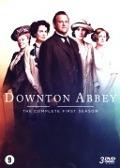 Bekijk details van Downton Abbey; The complete first season
