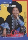Bekijk details van Te gast in Vietnam