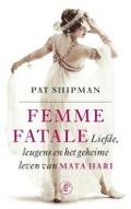 Bekijk details van Femme fatale