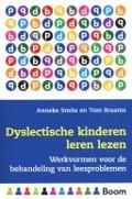Bekijk details van Dyslectische kinderen leren lezen