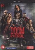 Bekijk details van Doom Patrol; Seizoen 1