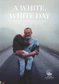 Bekijk details van A white white day