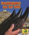 Bekijk details van Fossielenjagers aan het werk