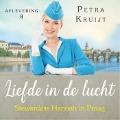 Bekijk details van Stewardess Hannah in Praag