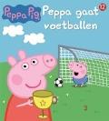 Bekijk details van Peppa gaat voetballen