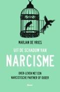 Bekijk details van Uit de schaduw van narcisme