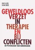 Bekijk details van Geweldloos verzet in therapie en bij conflicten