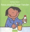 Bekijk details van Anna poetst haar tanden